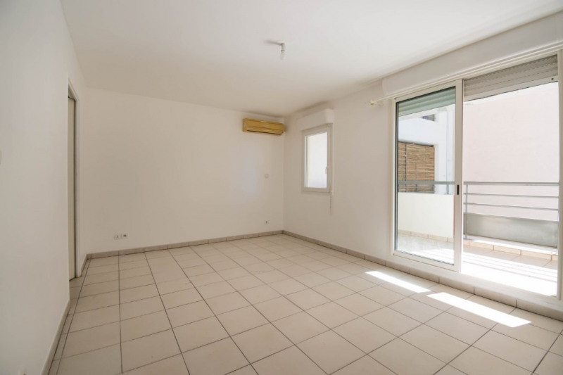Location appartement Saint denis 384€ CC - Photo 3