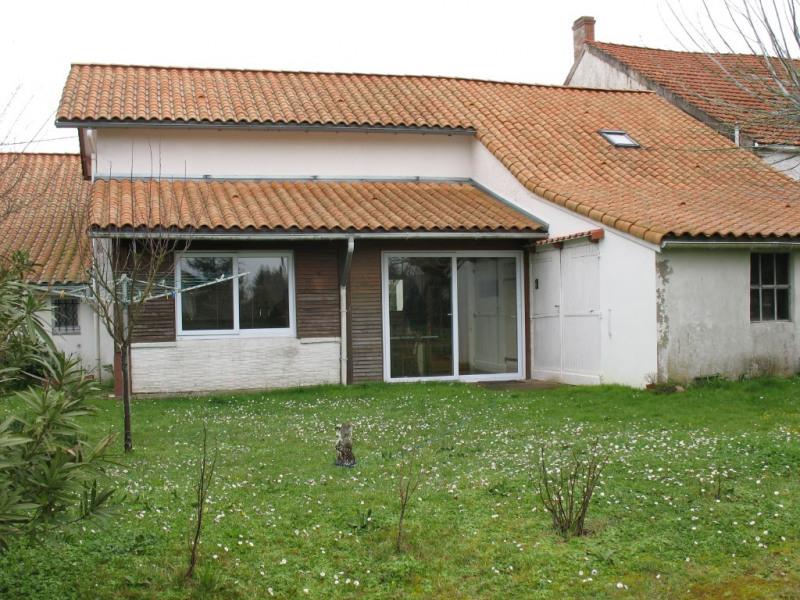 Sale house / villa Chaillevette 233000€ - Picture 2