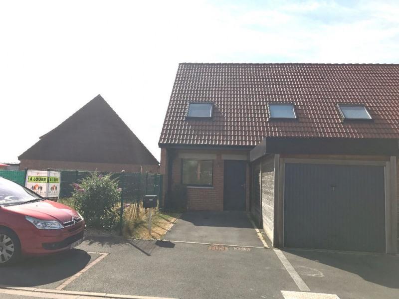 Location maison / villa Strazeele 783€ CC - Photo 1