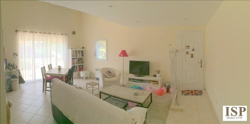 Rental apartment Eguilles 995€ CC - Picture 2