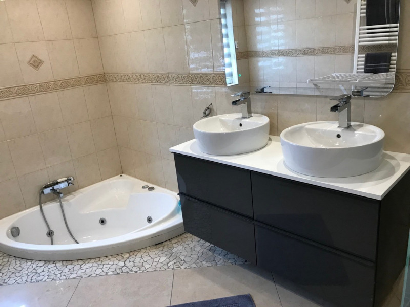 Vente de prestige maison / villa Jarrie 449000€ - Photo 5