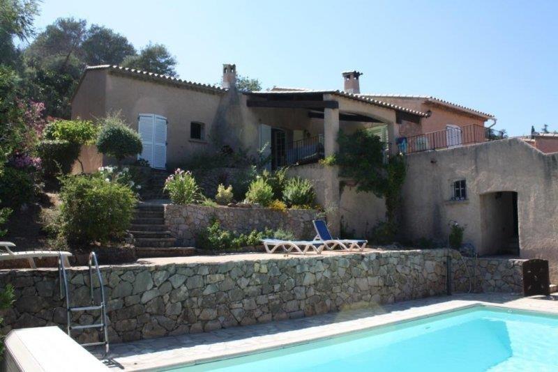 Deluxe sale house / villa Les issambres 650000€ - Picture 3