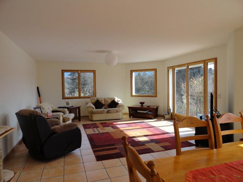 Location maison / villa St julien en genevois 2800€ CC - Photo 2