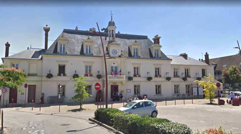 Location appartement Linas 730€ CC - Photo 1