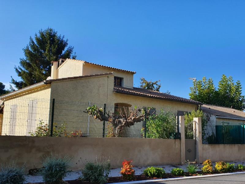 Location maison / villa Meyrargues 1250€ CC - Photo 8