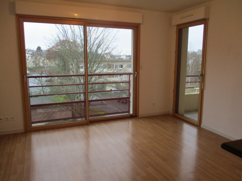 Location appartement St lo 490€ CC - Photo 1