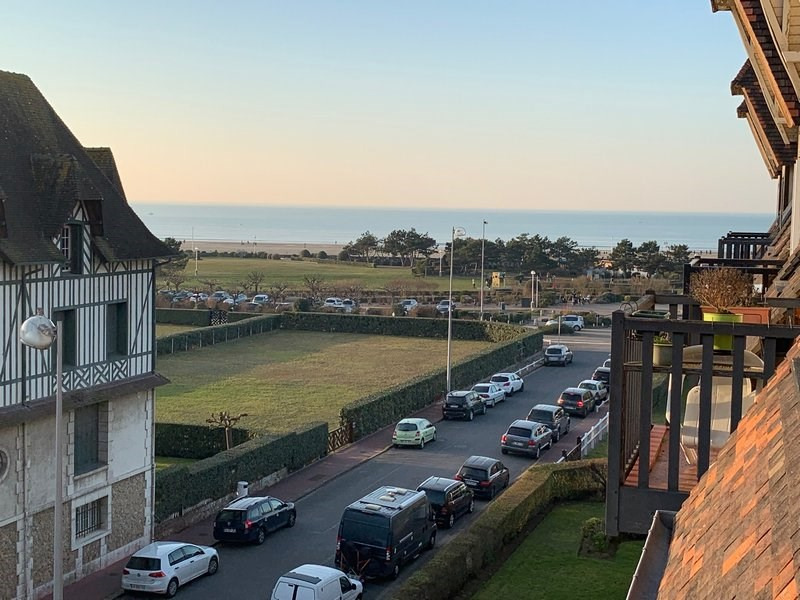 Sale apartment Deauville 455 800€ - Picture 1
