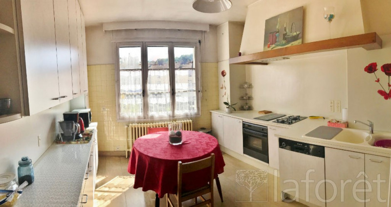 Sale apartment Bourgoin jallieu 249 000€ - Picture 2