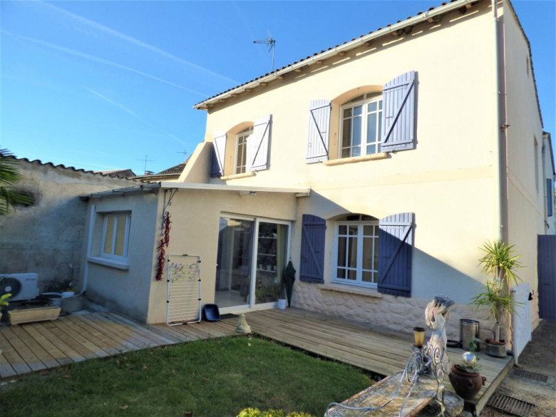 Sale house / villa Saint martin de gurson 273000€ - Picture 1