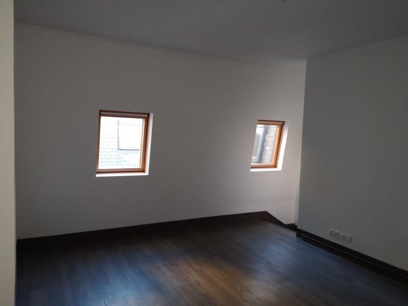 Location appartement Paris 8ème 2080€ CC - Photo 9