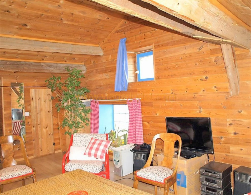Revenda casa Saint-genest-malifaux 280000€ - Fotografia 7