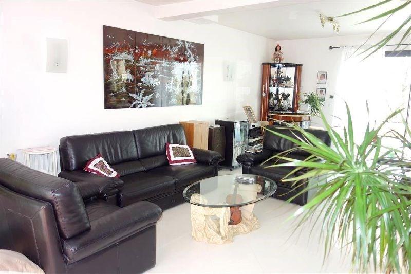 Revenda casa Ste genevieve des bois 577500€ - Fotografia 2