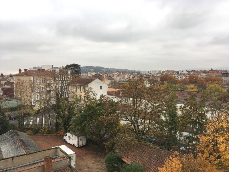 Location appartement Villefranche sur saone 626€ CC - Photo 9