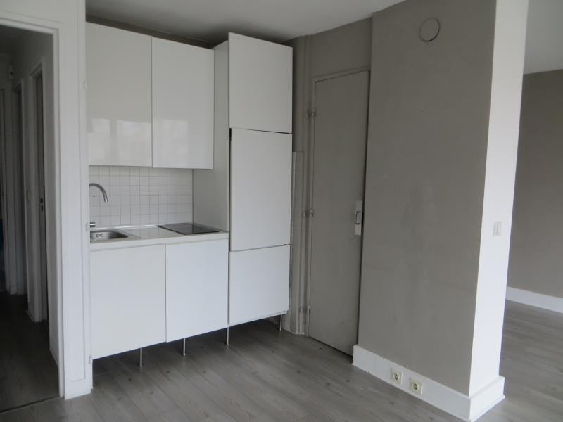 Location appartement Vanves 900€ CC - Photo 4