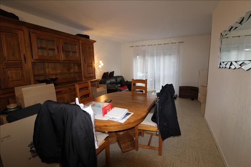 Rental house / villa Elancourt 1291€ CC - Picture 2
