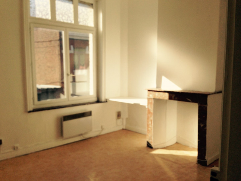 Sale apartment Lille 95 000€ - Picture 2