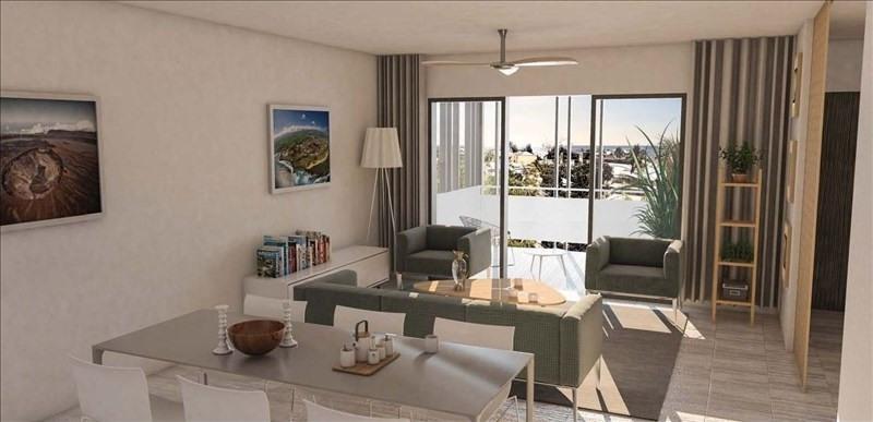 Sale apartment St gilles les bains 297000€ - Picture 1