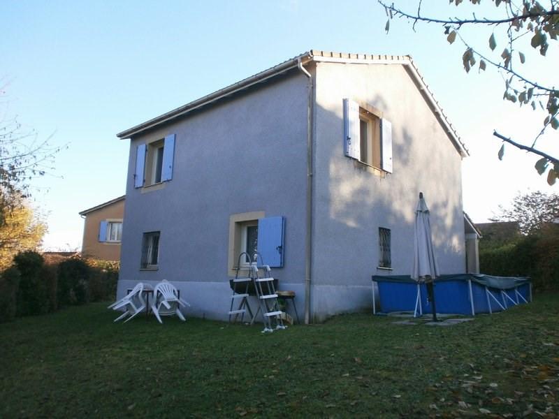 Sale house / villa L isle d'abeau 220000€ - Picture 1