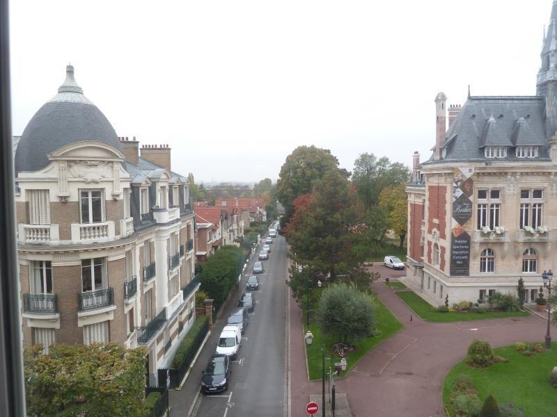 Rental apartment Le raincy 695€ CC - Picture 1