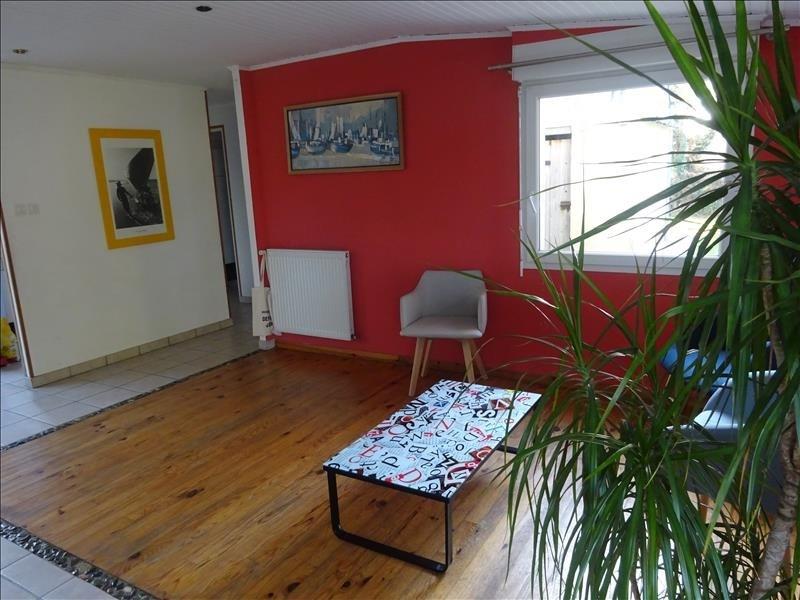 Sale house / villa Lannilis 204000€ - Picture 6
