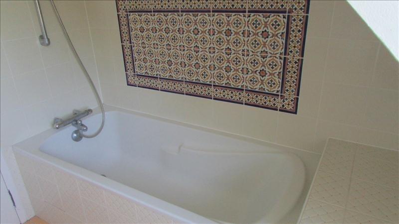 Sale house / villa Pont l eveque 274900€ - Picture 5