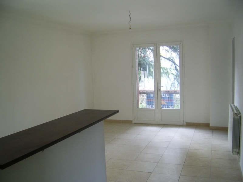Sale apartment Nimes 97000€ - Picture 2