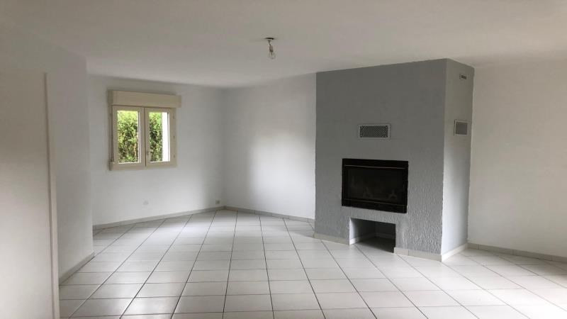 Location maison / villa Troyes 820€ CC - Photo 2