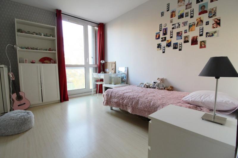 Sale apartment Maurepas 226000€ - Picture 6