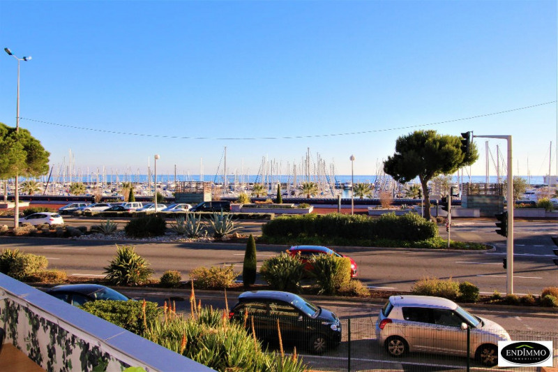 Sale apartment Saint laurent du var 259 000€ - Picture 1