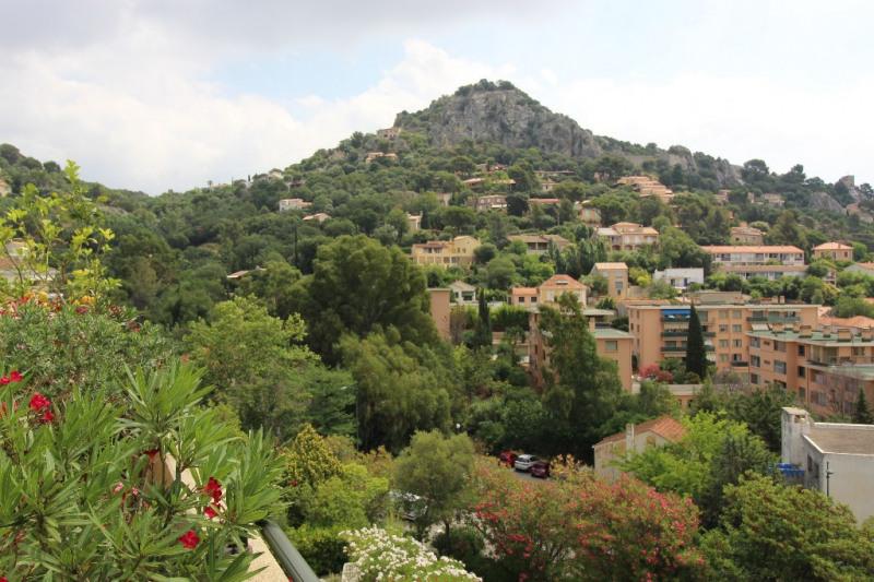 Vente de prestige appartement Hyeres 676000€ - Photo 10