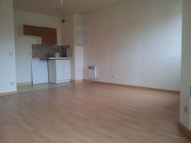 Rental apartment Conflans ste honorine 660€ CC - Picture 1