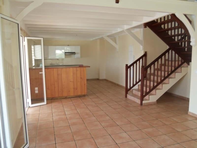 Rental apartment St francois 1100€ CC - Picture 2