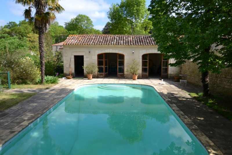 Vente maison / villa Fontenay le comte 325200€ - Photo 2