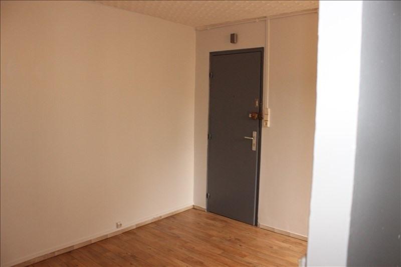 Location appartement La ferte gaucher 268€ CC - Photo 4