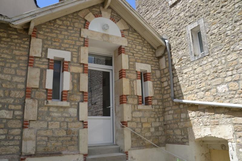 Maison Fontenay Le Comte 5 pièce (s)