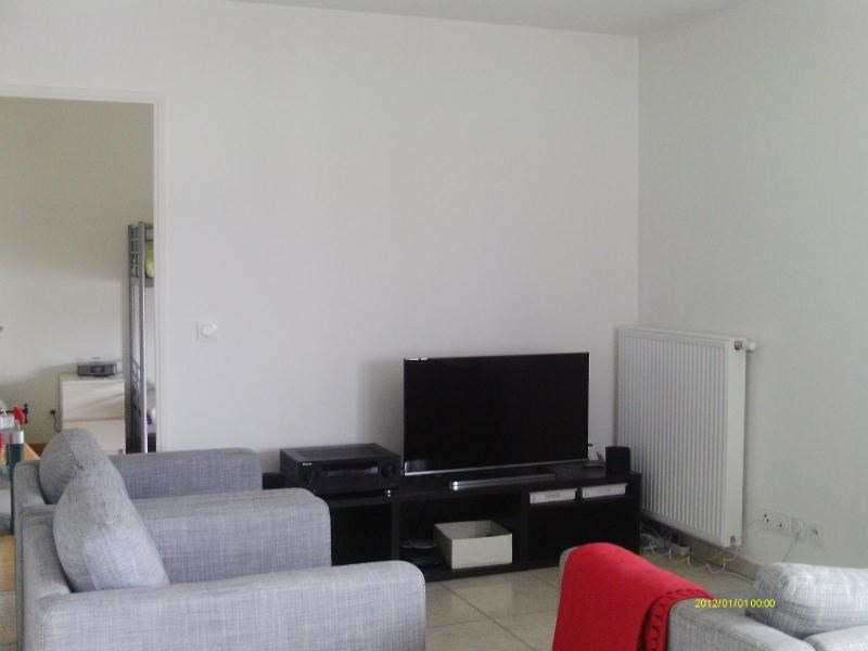 Rental apartment St etienne 830€ CC - Picture 2