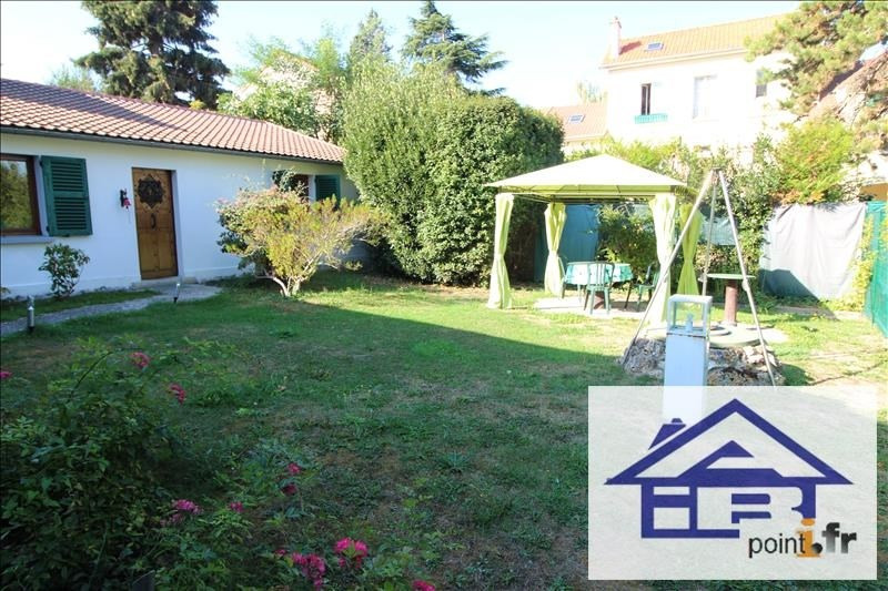 Location maison / villa Saint germain en laye 1000€ CC - Photo 1