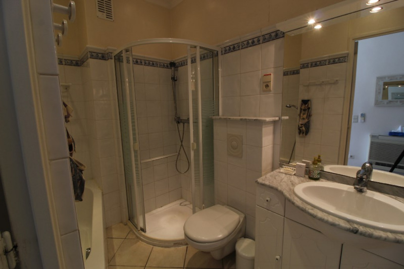 Vendita appartamento Hyeres 367500€ - Fotografia 9