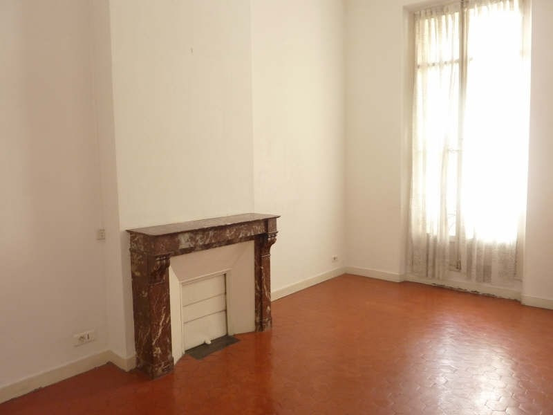 Rental apartment Marseille 6ème 700€ CC - Picture 2