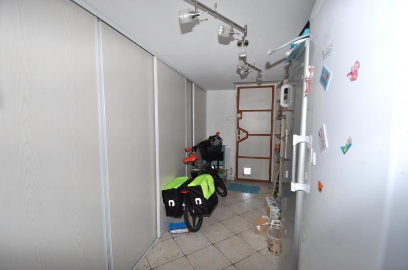 Sale house / villa Forges les bains 385000€ - Picture 10