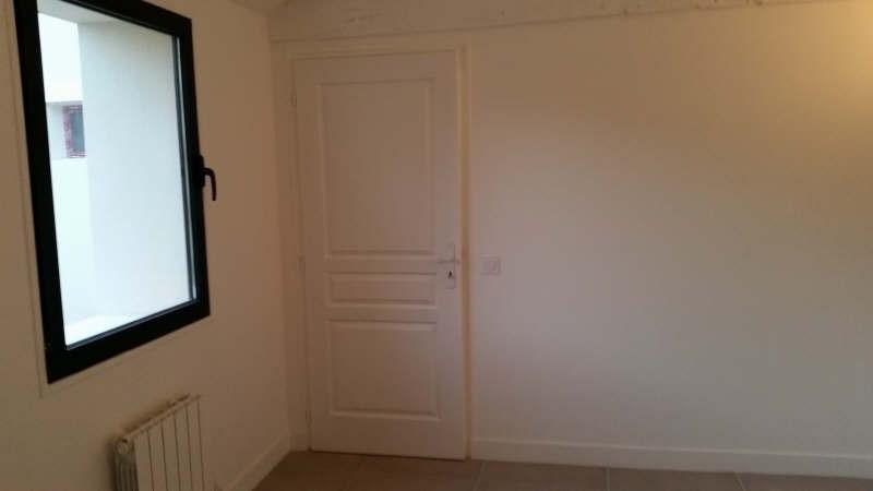 Sale house / villa Montfort l amaury 271000€ - Picture 6