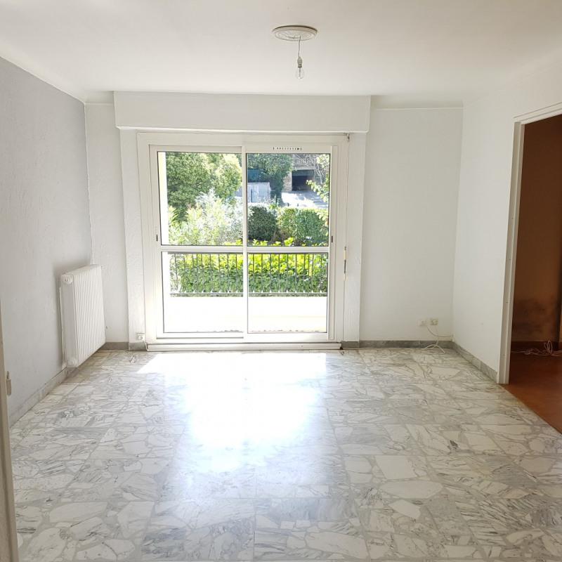 Rental apartment Aix-en-provence 1100€ CC - Picture 1