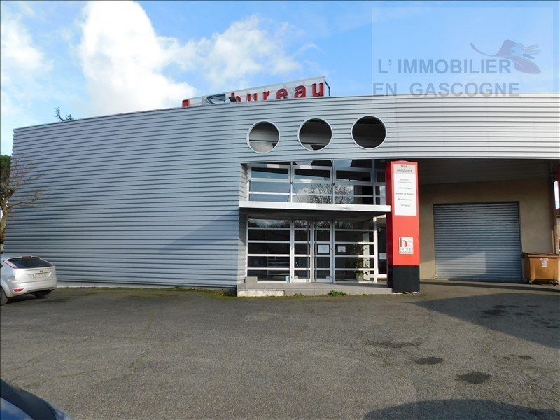 Location local commercial Auch 4 200€ HT/HC - Photo 2