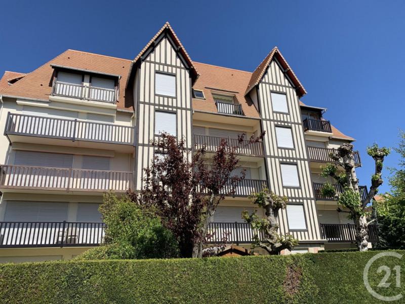 Verkoop  appartement Deauville 299000€ - Foto 17