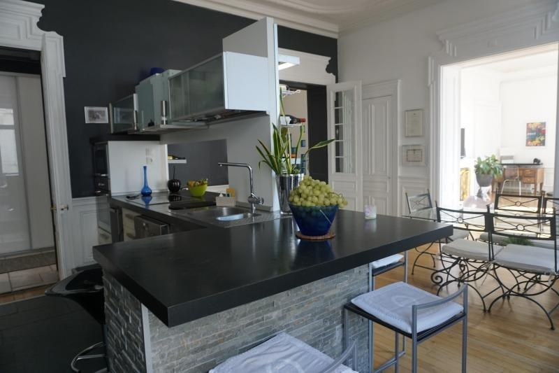 Deluxe sale apartment Grenoble 875000€ - Picture 7