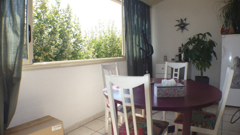 Locação apartamento La londe les maures 900€ CC - Fotografia 3