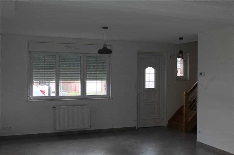 Location maison / villa Fressain 850€ CC - Photo 2