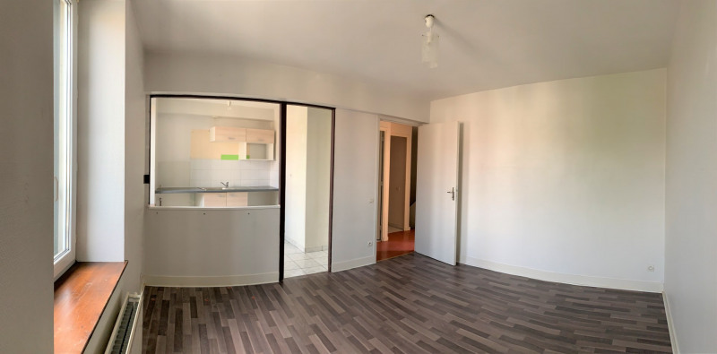 Location appartement Pierrelaye 820€ CC - Photo 2