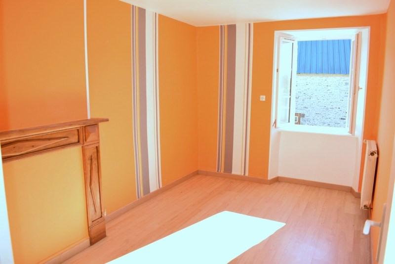 Sale house / villa Montpinchon 160000€ - Picture 4