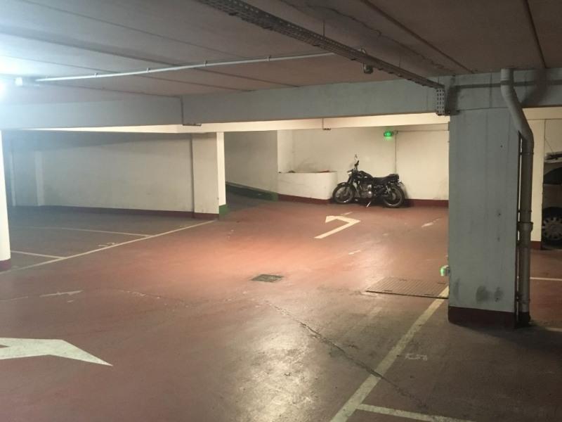 Location parking Paris 15ème 95€ CC - Photo 5